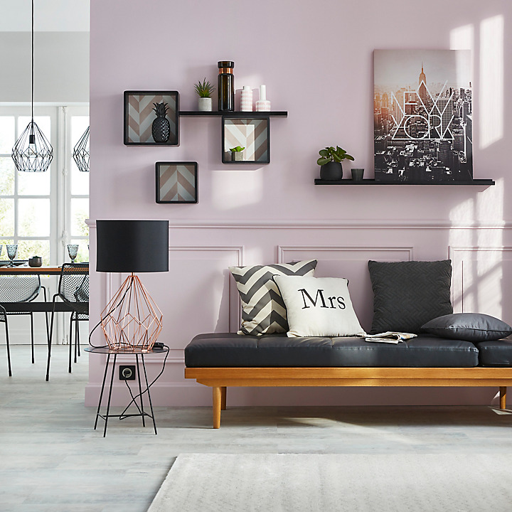 Graphic Pink
