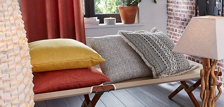 Colorés, à motifs, peps et confort pour votre salon