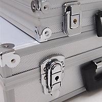 2 mallettes en aluminium 32 et 43 cm