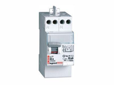 interrupteur différentiel 40a 30ma type a sortie haut legrand ... - Disjoncteur Differentiel Pour Salle De Bain