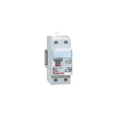 Interrupteur différentiel type AC 30mA 63A Legrand. Caractéristiques techniques de cet interrupteur différentiel : - Intensité nominale (A) : 63. Sensibilité différentielle (mA) : 30. Coupure : Bipolaire. Courbe : AC. Entrée : Haut. Sortie : Bas. Nombre d