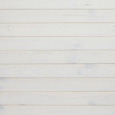 Apportez de la luminosité à votre intérieur avec ce lambris en pin et son aspect raboté blanc. Sa jolie teinte est idéale pour créer un style résolument moderne et chaleureux dans vos pièces de vie. Facile à poser sur vos murs, à l'horizontale ou à la ver