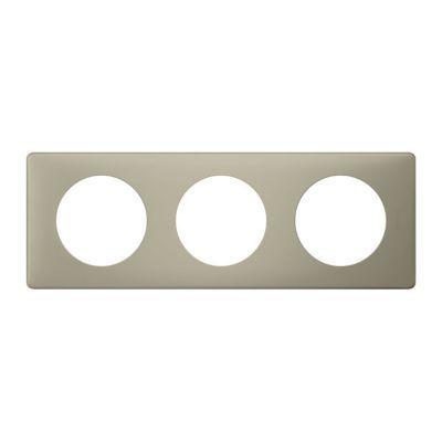 Plaque Céliane 3 postes Poudré Argile. Personnalisez votre intérieur avec un large choix de couleurs et matières de plaques décoratives Céliane. Fonction / type : Plaque triple - Usage du produit : Plaque de finition décorative - Finition : LES POUDREES -