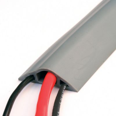 Prot ge c ble de sol diall 6 x 180 cm castorama for Passe cable exterieur