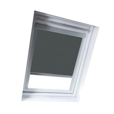 Store occultant Anthracite S06. Pour fenêtre de toit. Matière : Tissu 100% polyester, revers thermique. Profils et cadre en aluminium anodisé. 100% occultant. Blocage à niveau. Dimensions : l.114 x h.118 cm. Coloris : Anthracite. Compatible avec les produ