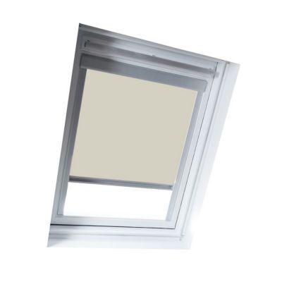 Store occultant Beige U04 U08. Pour fenêtre de toit. Matière : Tissu 100% polyester, revers thermique. Profils et cadre en aluminium anodisé. 100% occultant. Blocage à niveau. Dimensions : l.134 x h.98/140 cm (recoupable). Coloris : Beige. Compatible avec
