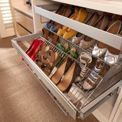 Porte chaussures 100 cm Darwin. Dimensions : 84 x 51 x h.19,6 cm. Porte chaussures : Acier finition poudre époxy. Fixations : ABS. Cadre vendu séparément.