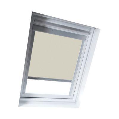 Store occultant Beige UK04. Matière : Tissu 100% polyester, revers thermique. Profils et cadre en aluminium anodisé. 100% occultant. Blocage à niveau. Dimensions : l.134 x h.98 cm. Coloris : Beige. Compatible avec la nouvelle génération de fenêtres Velux