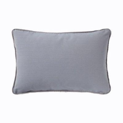 Coussin Liverpool bleu earl 40 x 60 cm - ModèleLiverpool - Coloris : Bleau-earl - Couleur de base : Bleu - Motif : Uni - Dimensions du produit (cm) : l. 60 x P. 0 x H. 40 - Matière principale : Coton - % coton : 60 - % polyester : 40 - Rembourrage : 100%