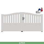 Portail Jardimat pvc Arlay chapeau de gendarme blanc 9016 - 300 x h.120/140 cm
