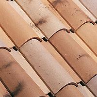 Faîtière arêtier 1/2 rde gm fait Oméga mistral et vieux toit