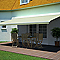 Store de terrasse semi-coffre motorisé BLOOMA lambrequin latte 5 x 3m