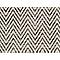 Moquette fibres synthétiques chevrons noir et blanc Forest (vendue au m²)