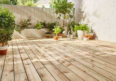 Terrasses En Bois Photos préparer l'installation d'une terrasse en bois | castorama