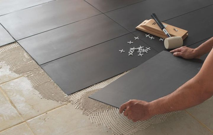 Comment poser du carrelage sol castorama for Carrelage rectangle