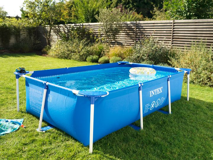 Comment installer une piscine hors sol castorama for Piscine tole hors sol