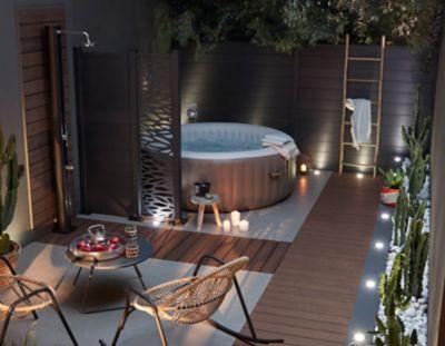 choisir un spa castorama. Black Bedroom Furniture Sets. Home Design Ideas
