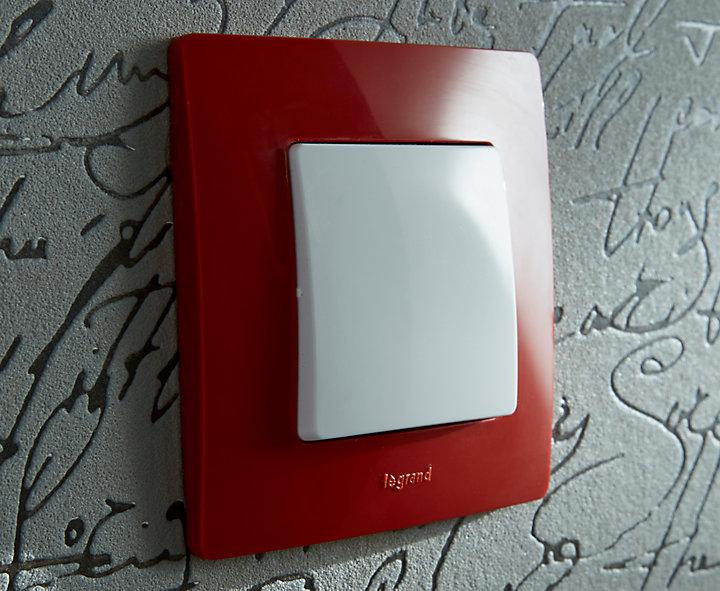 les normes lectriques des prises et interrupteurs castorama. Black Bedroom Furniture Sets. Home Design Ideas