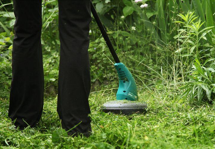 La réglementation sur les nuisances sonores pour les coupe-bordures thermiques