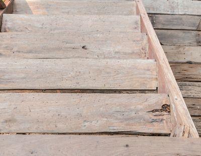 nettoyer escalier bois amazing renovation marches escalier bois with nettoyer escalier bois. Black Bedroom Furniture Sets. Home Design Ideas