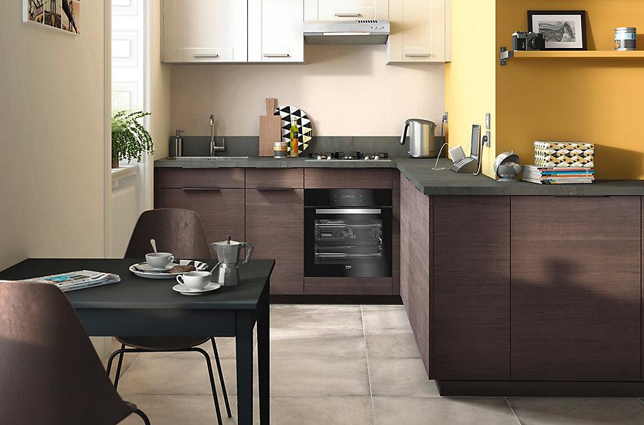 cuisine complte castorama beautiful avec ce modle offrezvous une cuisine en u compacte dans une. Black Bedroom Furniture Sets. Home Design Ideas