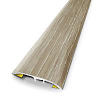 Barre de seuil universelle en métal coloris chêne scandinave 83 x 3,7 cm.