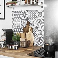 Crédence de cuisine GoodHome Nepeta carreaux de ciment gris l. 180 cm x H. 60 cm x Ep. 3 mm