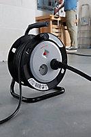Enrouleur de bricolage H05VVF 3G1mm² 2 prises 15m