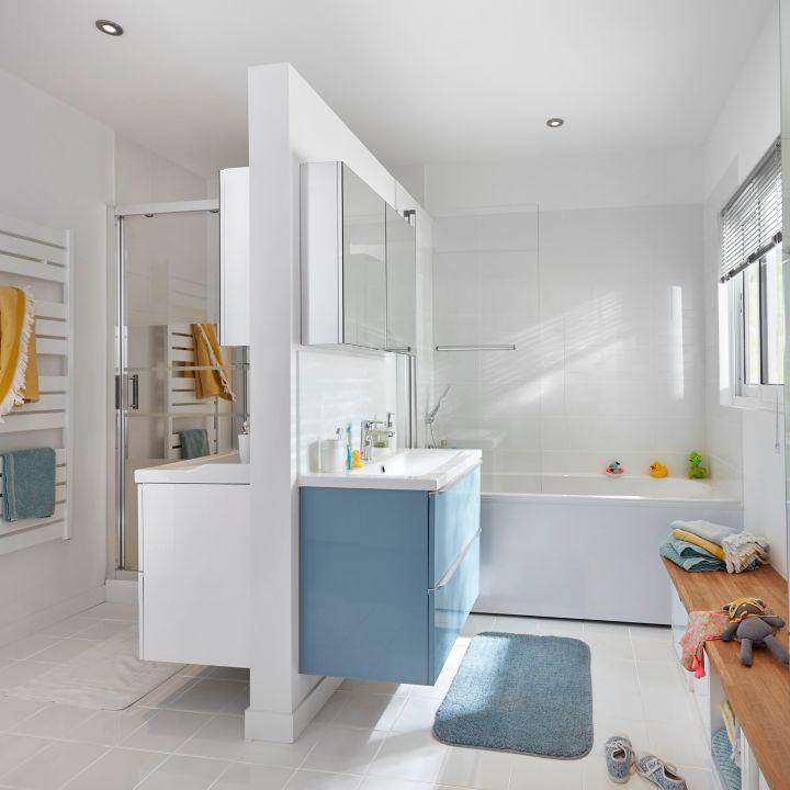 Nouvelles collections salle de bains castorama for Salle de bain 8m2 douche et baignoire