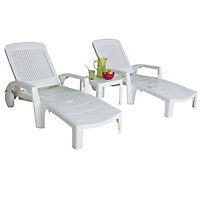 Lot 2 bains de soleil + table basse en résine blanc
