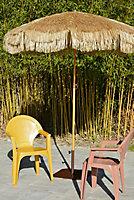 Parasol acier finition bois Manila à franges ø200 cm