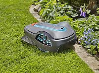 Robot tondeuse 18 V Gardena Sileno life 750 m²