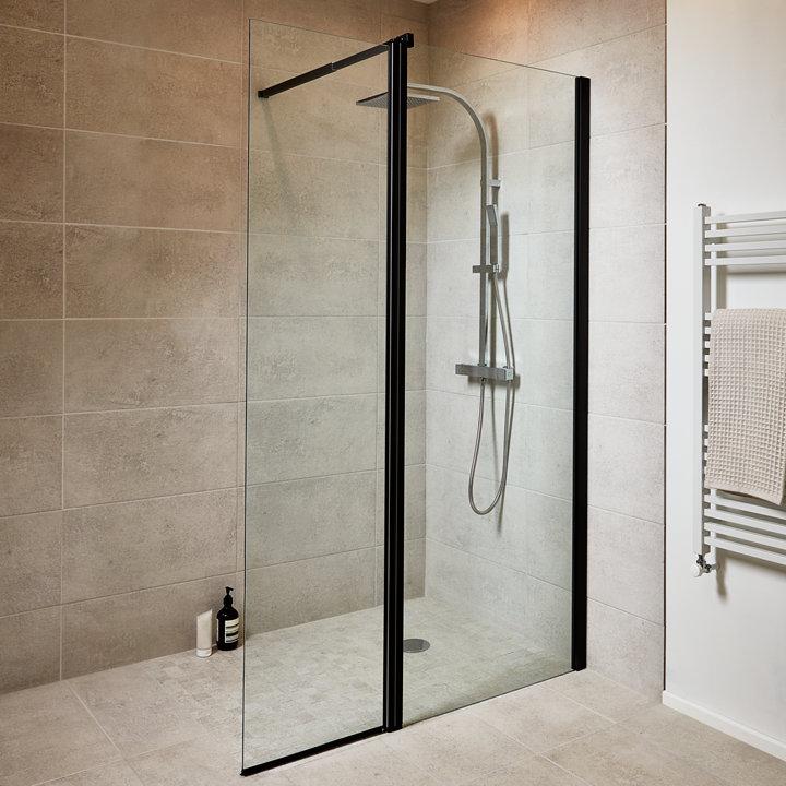 Comment nettoyer le calcaire sur une porte de douche