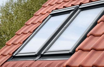Les raccords, habillage et bloc isolant pour fenêtre de toit